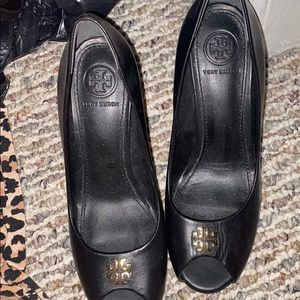 Tory Burch shoes perfect condition